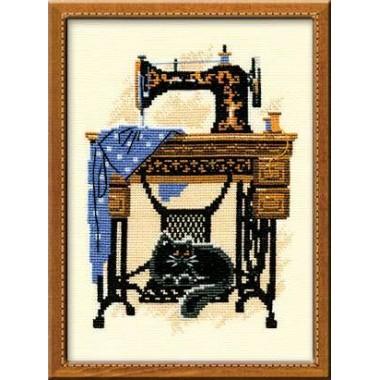 """Набор для вышивки Риолис 857 """"Швейная машинка"""""""