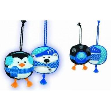 """Набор для вышивки Риолис 926 Новогодние игрушки 2 шт. """"Пингвин и белый медведь"""""""