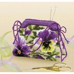 """Набор для вышивки Риолис 1039 Игольница-сумочка """"Анютины глазки"""""""