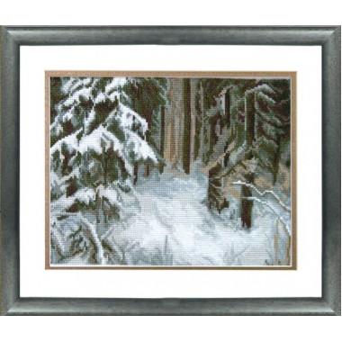 """Набор для вышивки крестом Чарівна Мить 532 """"Сугробы в лесу"""""""
