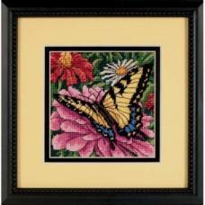 Набір для вишивання Dimensions 07232 Метелик на цинії