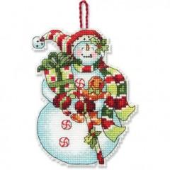 Набор для вышивки крестом Dimensions 70-08915 Снеговик со сладостями. Украшение