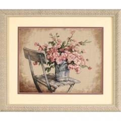"""Набор для вышивки Dimensions 35187 """"Розы на белом стуле"""""""