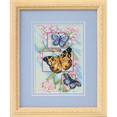 """Набор для вышивки Dimensions 65022 """"Бутоны и бабочки"""""""