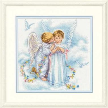 """Набор для вышивки Dimensions 35134 """"Ангельские поцелуи"""""""
