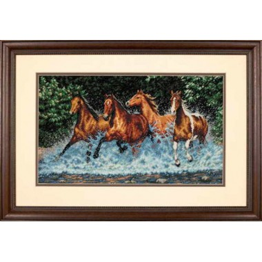 """Набор для вышивки крестом Dimensions 35214 """"Бегущие лошади"""""""