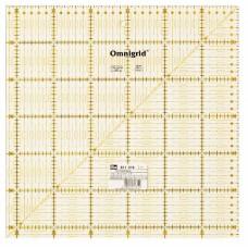 Универсальная линейка Prym 611319 с сантиметровой шкалой 31.5 x 31.5 см